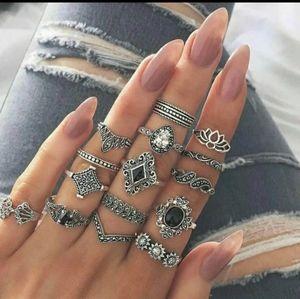 BNIOP Boho 11pc Ring set NEW!